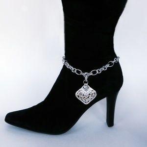 Jewelry - Boot Loot™ Jewelry Diamond Filigree & Rhinestones
